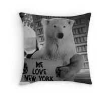 me love new york Throw Pillow