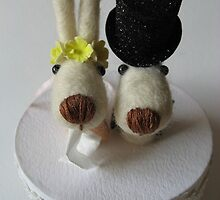 Doggie cake topper by mykonos