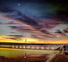 Merewether Pool by monkeyfoto