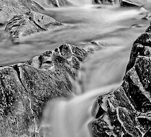 Falls at Bruar by johnord