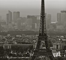Le Tour Eiffel by Andrew Leitch