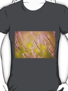 Soft focus of pink heather macro T-Shirt
