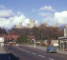 Arundel Bridge & Castle. Sussex. England. by Peter Stephenson