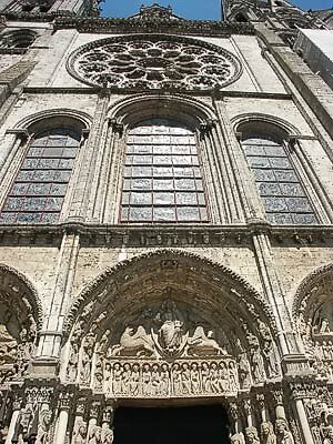 Chartres cathedral, France by chord0