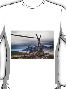 Dogsleds Waiting for Winter T-Shirt