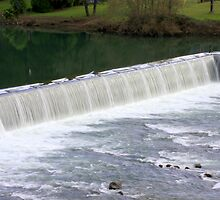 Winchester Dam  Fish Ladder, North Umpqua River, Roseburg-Oregon by aussiedi