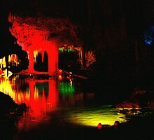 Lake Cave, Margaret River, WA by bevanimage