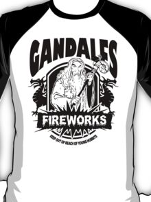 Gandalfs Fireworks - Keep Out Of Reach Of Young Hobbits T-Shirt