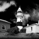 Low Head Lighthouse by bidkev