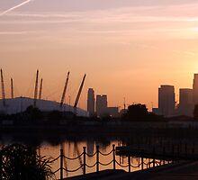 London Docklands  by Simon Bennett