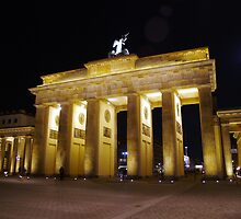 Moon over Brandenburg Gate by Steve Keefer