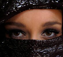 Arabian Eyes by Rebs O
