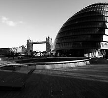mayor's office and tower bridge by photogenic