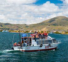 Titicaca lake, Puno, Peru by juan jose Gabaldon