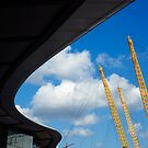 O2 Arena, London by Roberto Herrett
