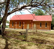 St Andrews Presbyterian Church, Gooloogong, NSW. by Jan Richardson