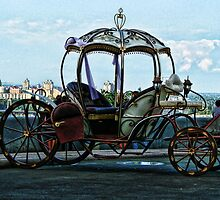 Queen's carriage by LudaNayvelt