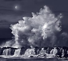 North Shore Thunder by Randy Jay Braun