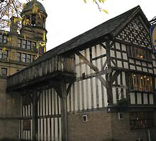 Old Wellington Inn, 1552, Manchester, England by jacqi