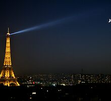 Eiffel Tower & the Moon by swight