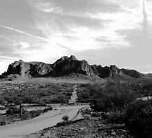 Arizona - Superstition Mountains by tcphoto