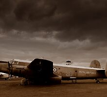 Avro Shackleton by Mark Mitrofaniuk