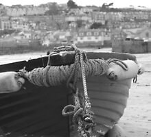 Fishing boats at low tide. by pisk