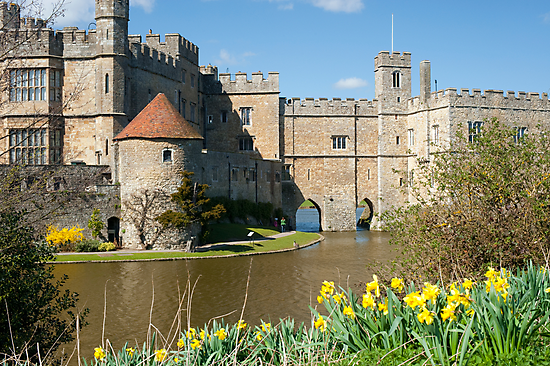 Leeds Castle Kent UK: Springtime Easter by DonDavisUK