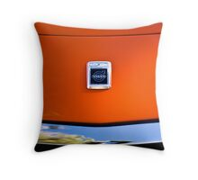 goin crazy in those blazing seventies colours Throw Pillow