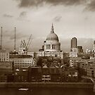 London by MaShusik
