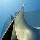 Piercing the sky... by Julian Escardo
