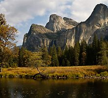 Mountain landscape by tranquil water in Yosemite by upthebanner
