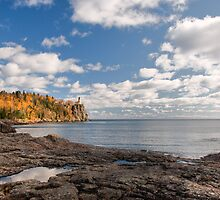 Split Rock Light House by JimGuy