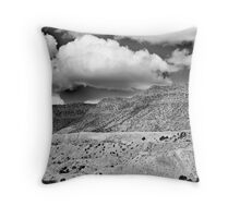"""""""...in my dreams I am dying all the time..."""" Throw Pillow"""