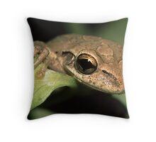 Tree Frog Portrait Throw Pillow
