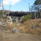 Rocky Cave by faulsey