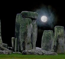 Stonehenge at Night. by albutross