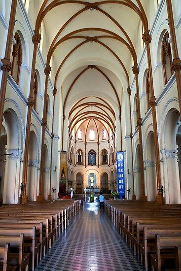 Saigon Notre-Dame Basilica by emmettm