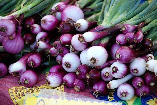 Market - Onions by rabeeker