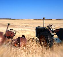 Racing Tractors by Pardus