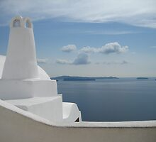 Santorini, where the line between art and reality blurs by Francesca Muir