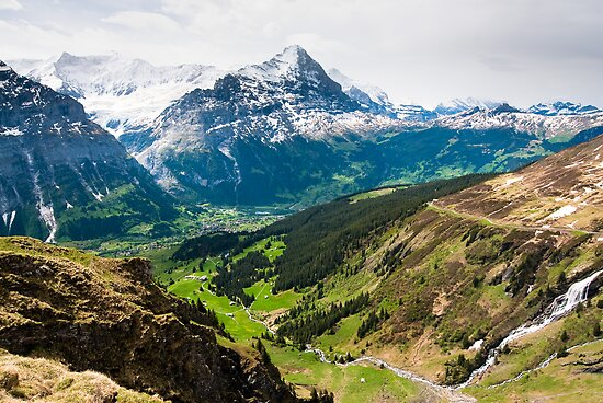 grindelwald valley by peterwey