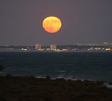 Moonrise over Puerto Real (Spain) by fototaker