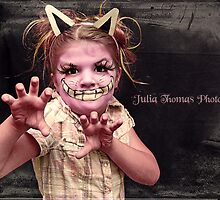 Cheshire Cat by Julia  Thomas