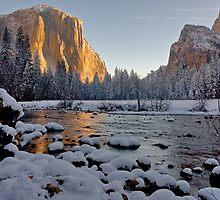 Yosemite Valley Winter 2009 by photosbyflood