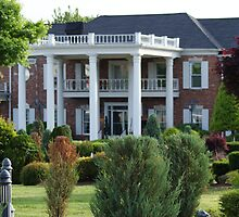 Conway Twitty Mansion - Henderson, Tennessee by Ruth Lambert