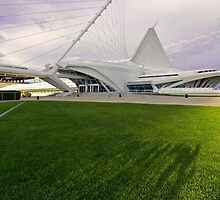 Milwaukee Art Museum by Sven Brogren
