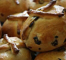 Hot Cross Buns by Jonathan Russell