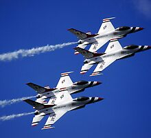 THUNDERBIRDS IN AVIANO by giuseppe maffioli