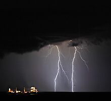 Lightning Off Fremantle  by EOS20